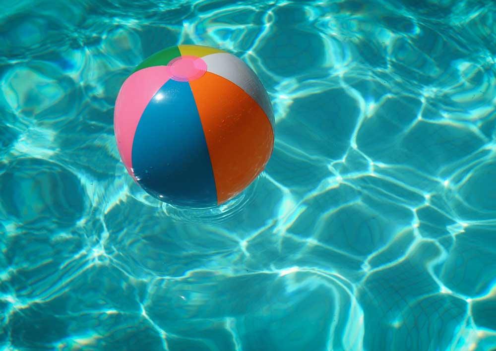 unsplash-free-pool